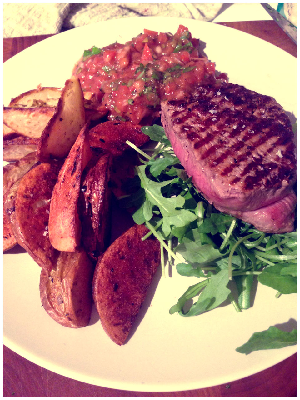 Beef fillet with tomato tarragon dressing forecast